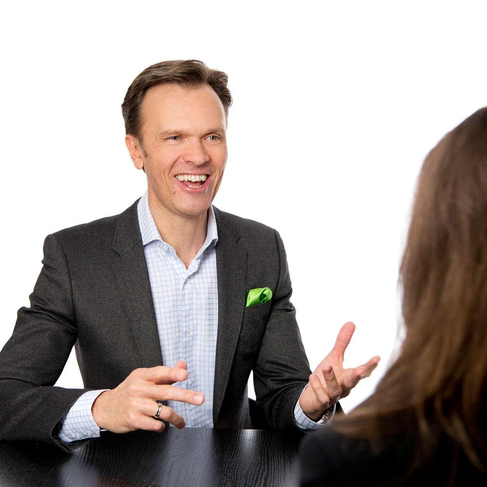 Cross Selling als Geheimwaffe - Roman Kmenta - Keynote Speaker und Unternehmer